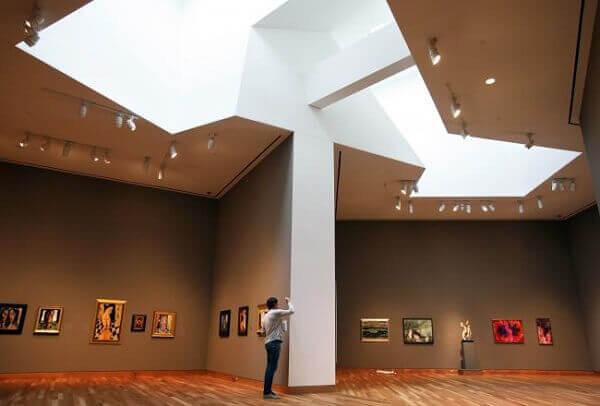 Frank Gehry: Museu de Arte Frederick Weisman (interior)