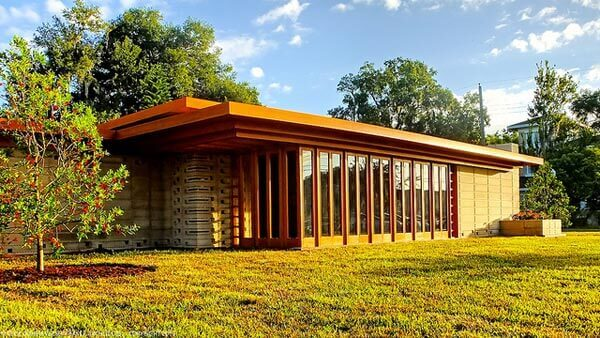 Frank Lloyd Wright: Usonian House