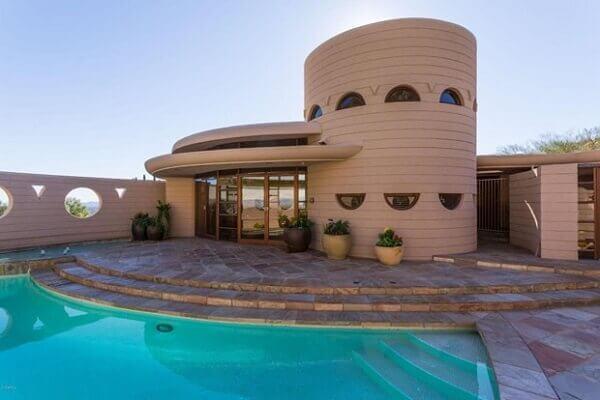 Frank Lloyd Wright: exemplo de casa