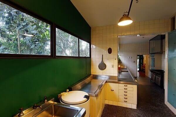 Lina Bo Bardi: Casa de Vidro (Cozinha)