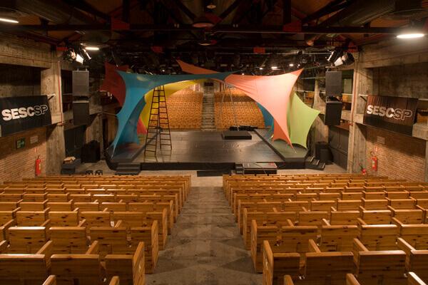 Lina Bo Bardi: Sesc Pompeia (Teatro)