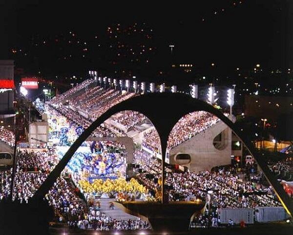 Oscar Niemeyer: Sambódromo
