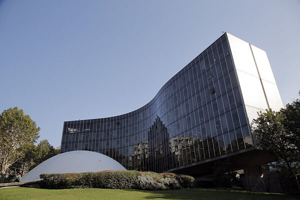 Oscar Niemeyer: Partido Comunista Francês