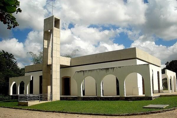 Paulo Mendes da Rocha: capela Nossa Senhora da Conceição