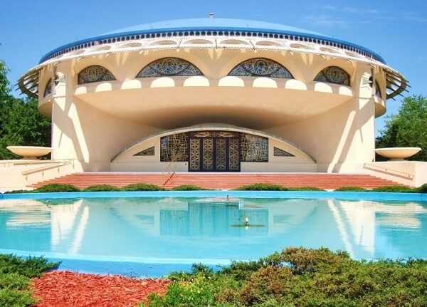 Obras de Frank Lloyd Wright: Annunciation Greek Orthodox Church