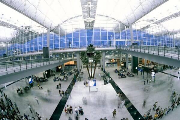 Norman Foster: Aeroporto Internacional de Hong Kong