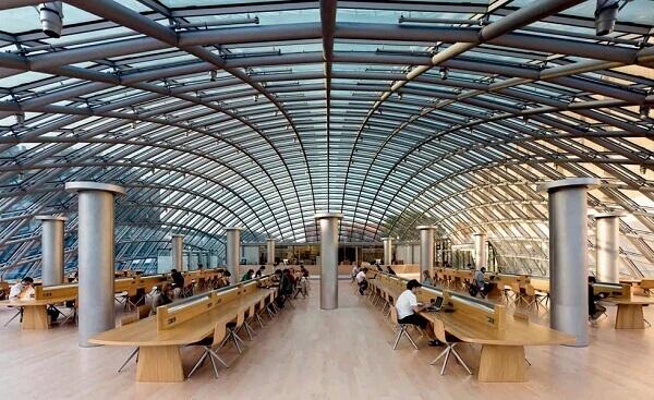 Norman Foster: Biblioteca Universidade de Berlim (Interior)