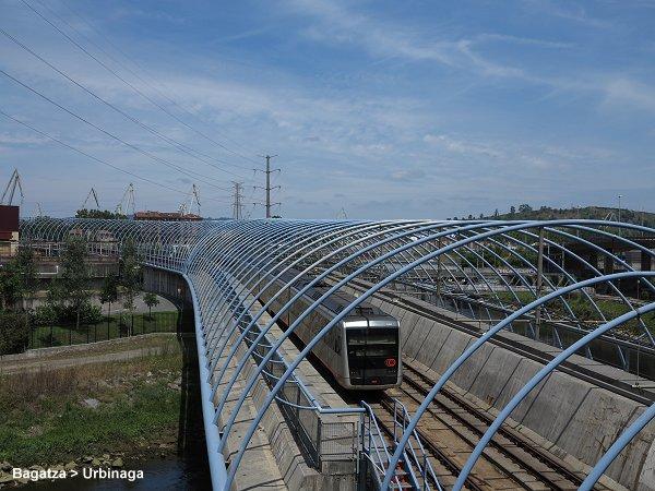 norman-foster-metro-bilbao-trilhos