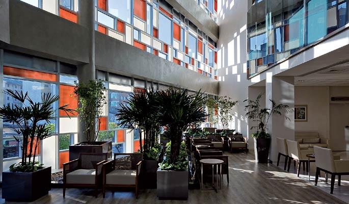 Arquitetura Hospitalar: sala de espera do Hospital Israelita Albert Einstein, unidade Perdizes