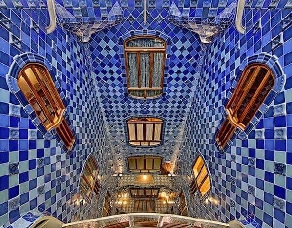 Antoni Gaudí: Casa Batlló (vista central)