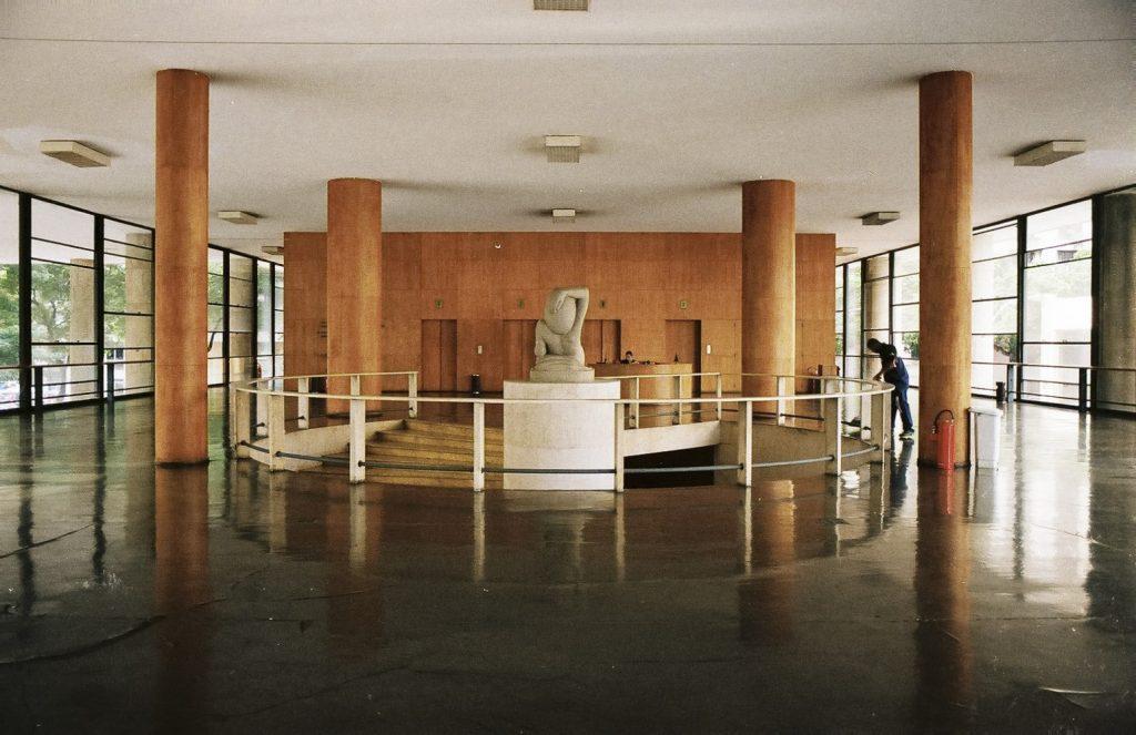 lucio-costa-palacio-gustavo-capanema-interior