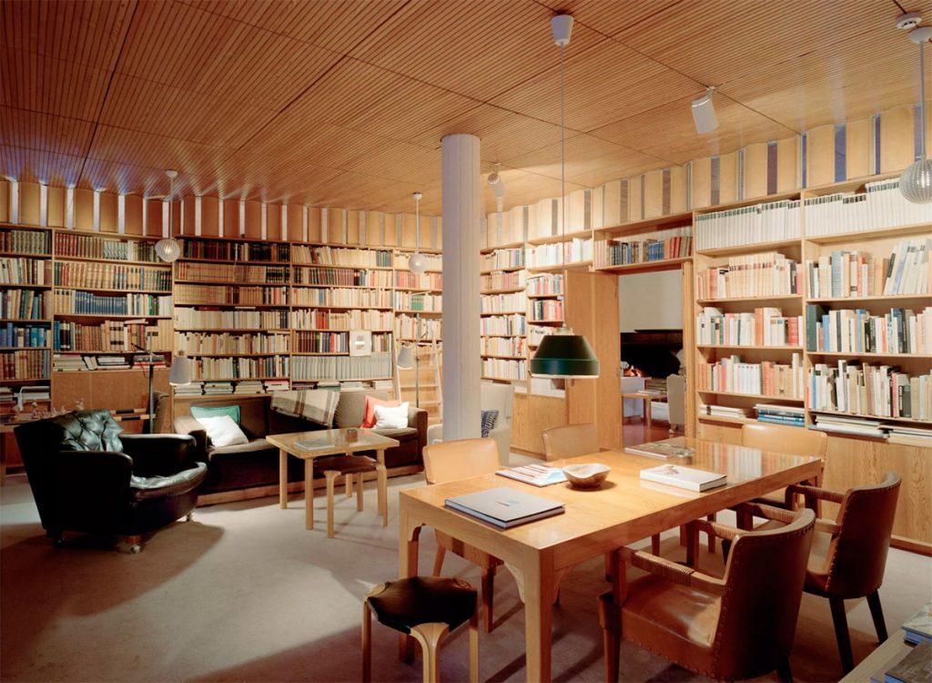 alvar-aalto-villa-mairea-biblioteca