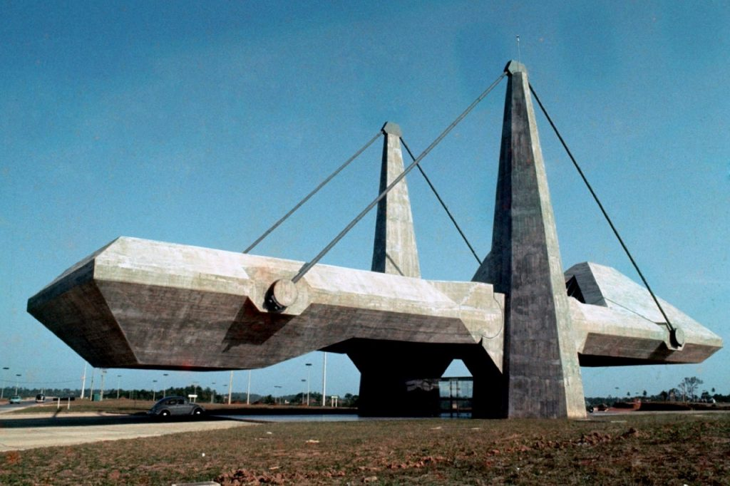 arquiteto-de-cada-signo-Joao-Filgueiras-Lima-centro-de-exposicoes-bahia