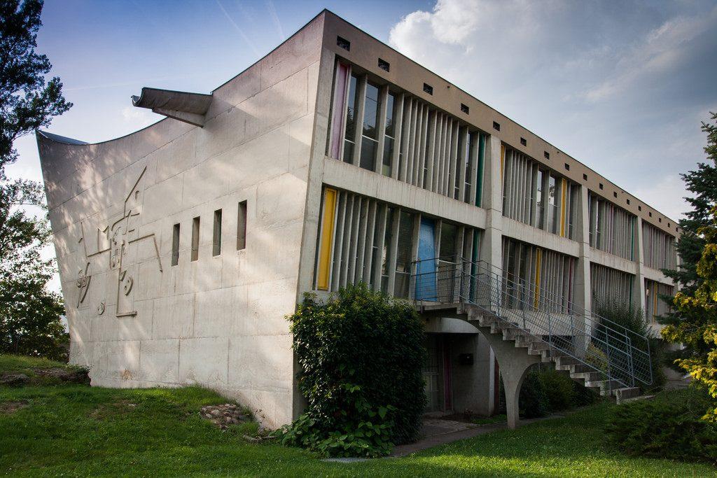 arquiteto-de-cada-signo-le-corbusier-maison-de-la-culture
