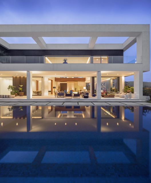 maiores-escritorios-de-arquitetura-do-brasil-fernanda-marques-casa-jaragua