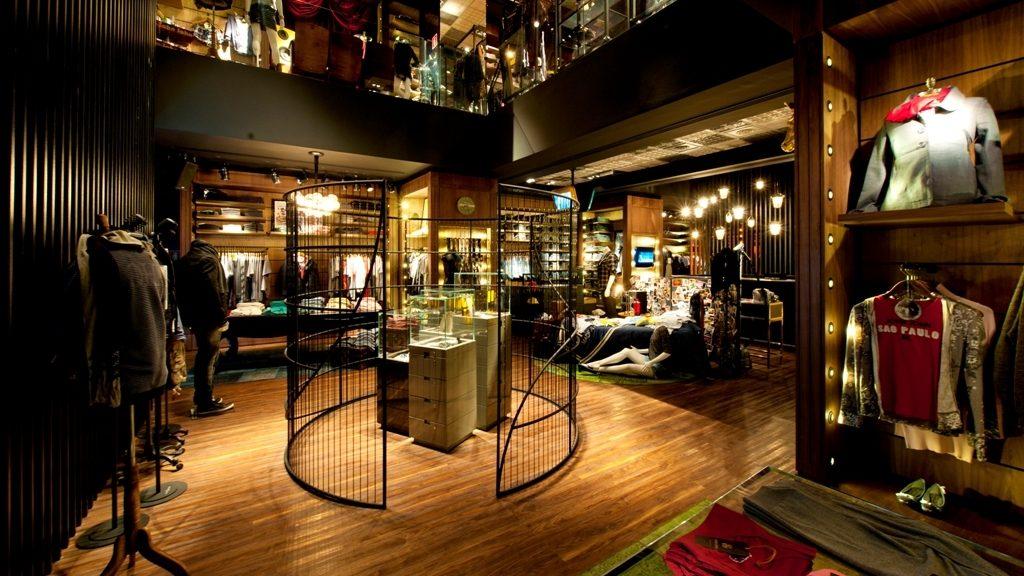 maiores-escritorios-de-arquitetura-do-brasil-fernanda-marques-loja-john-john