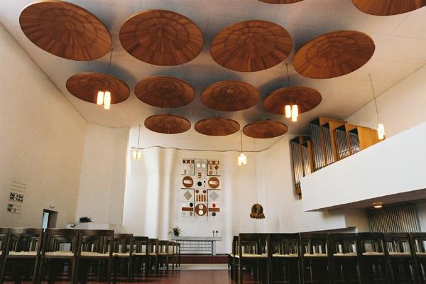 obras de alvar aalto: stephanuskirche - interior