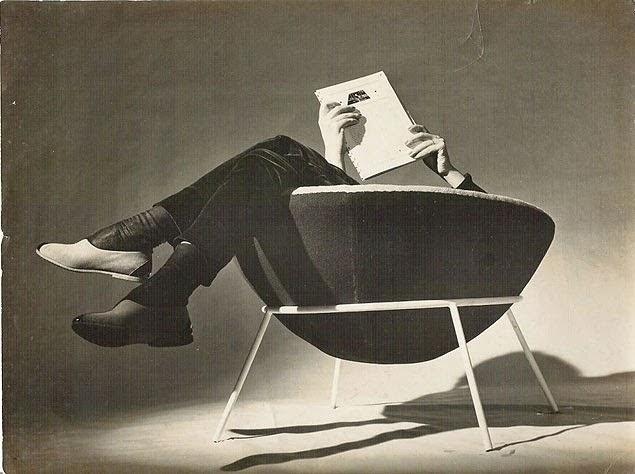 cadeira-lina-bo-bardi-bowl-preto-e-branco