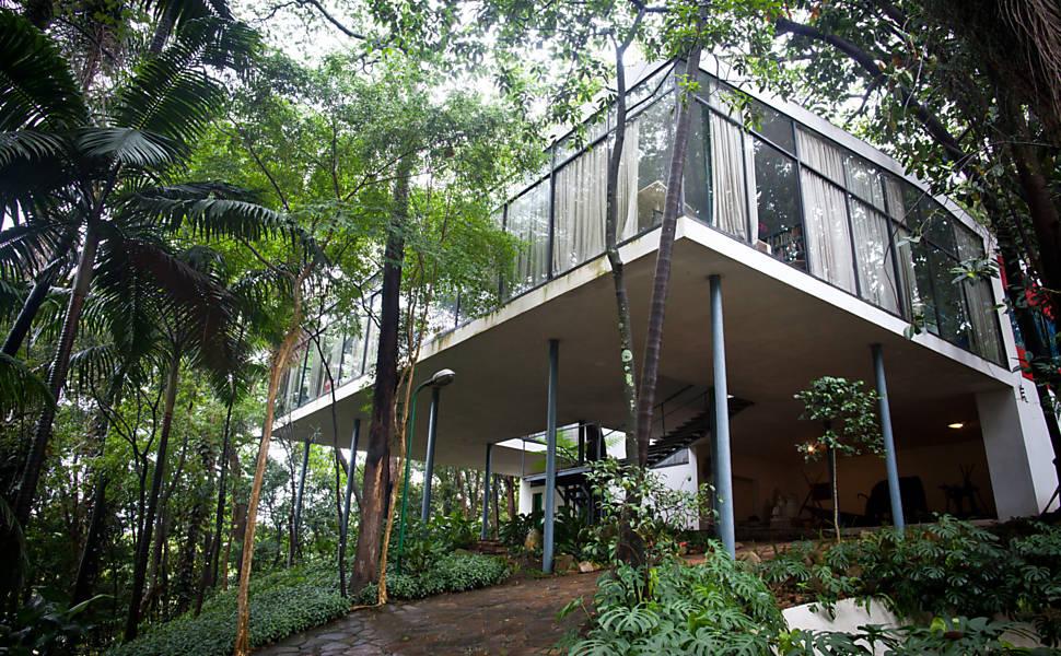 cinco-pontos-da-arquitetura-moderna-casa-de-vidro