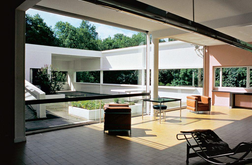 cinco-pontos-da-arquitetura-moderna-de-le-corbusier-vila-savoye-interior