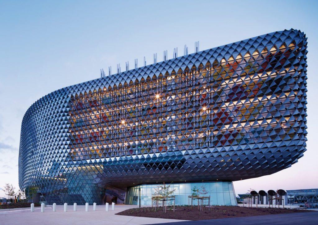 melhores-escritorios-de-arquitetura-woods-bagot-health-and-medical-research-institute