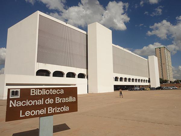 arquitetura-de-brasilia-biblioteca-nacional
