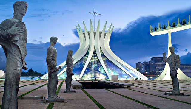 arquitetura-de-brasilia-catedral-metropolitana
