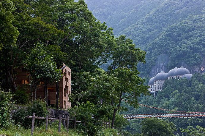 sou-fujimoto-casa-de-madeira-paisagem
