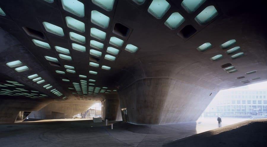 Zaha Hadid: Interior do centro científico Phaeno