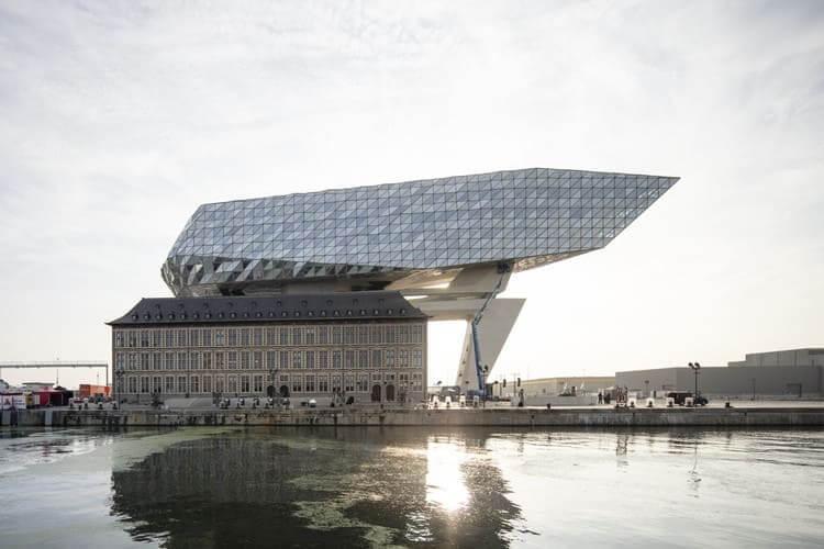 Zaha Hadid: Port House