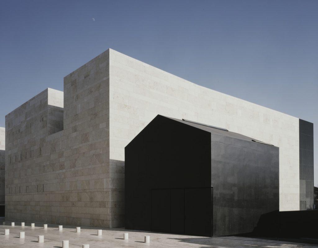 aires-mateus-centro-de-artes-de-sines