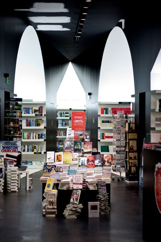 aires-mateus-livraria-almedina