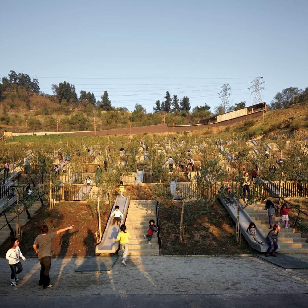 Alejandro Aravena: Parque Bicentenário Infantil