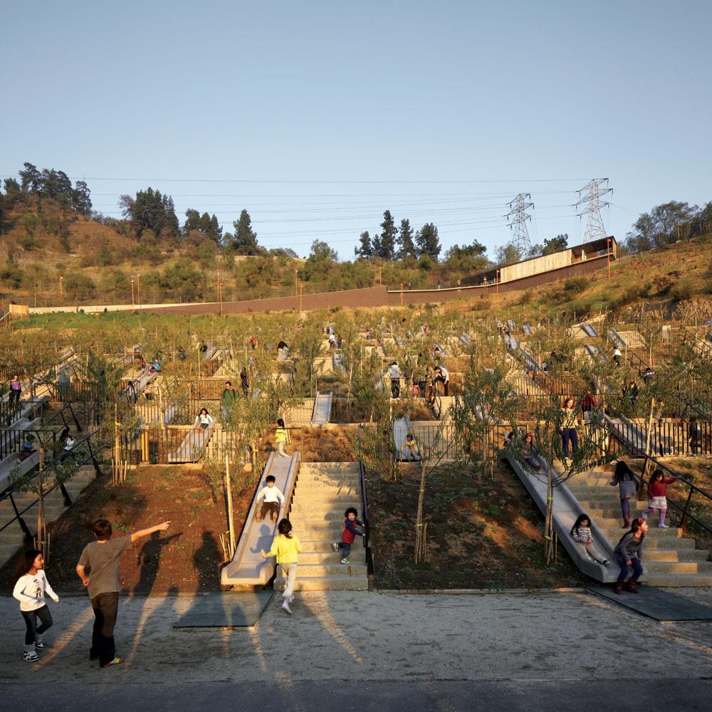 alejandro-aravena-parque-bicentenario-infantil