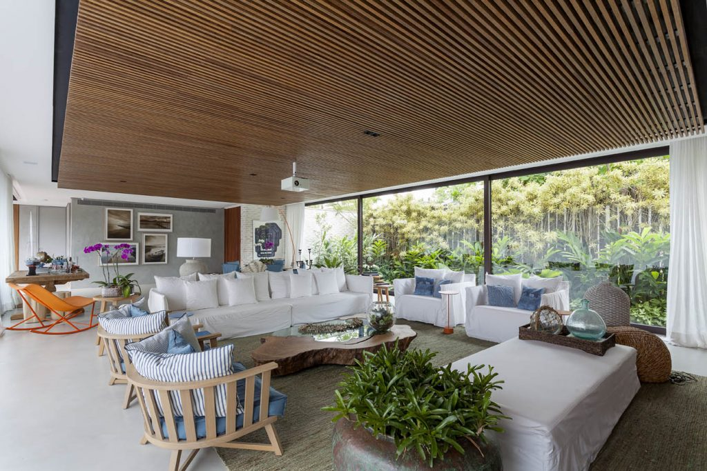 arquitetos-de-sucesso-no-brasil-david-bastos-casa-de-praia-baleia