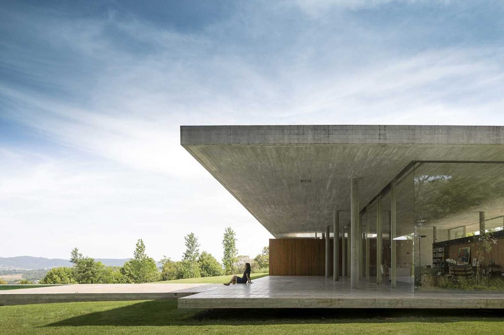 arquitetos-de-sucesso-no-brasil-marcio-kogan-casa-redux