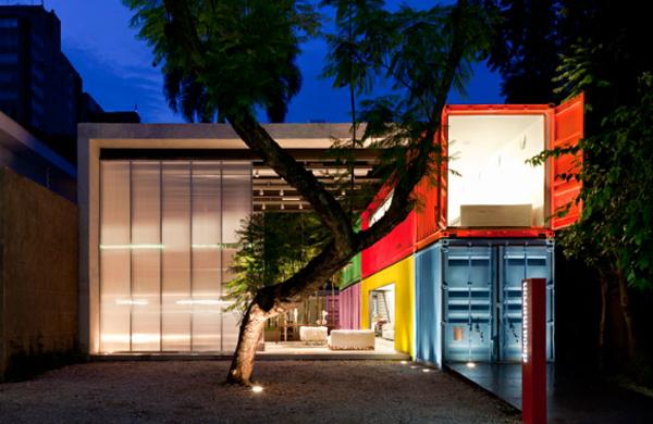 arquitetos-de-sucesso-no-brasil-marcio-kogan-loja-decameron