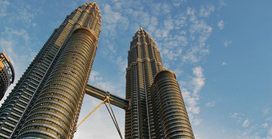 cesar-pelli-petronas-towers