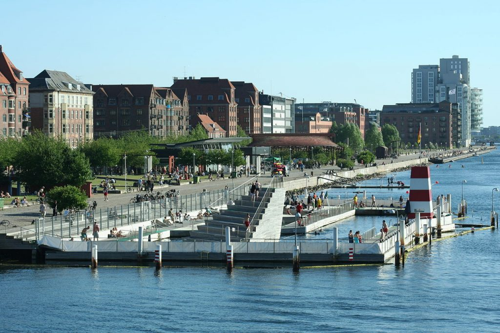 bjarke-ingels-islands-brygge-harbor-bath