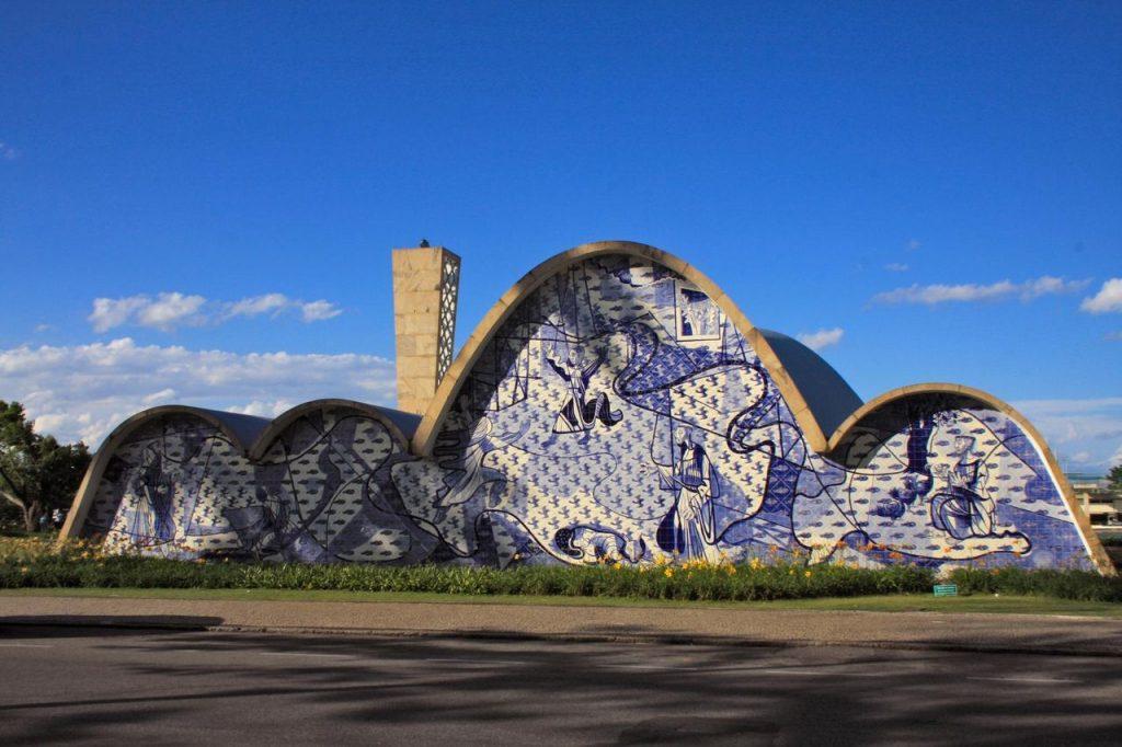 como-surgiu-o-revestimento-ceramico-igreja-da-pampulha
