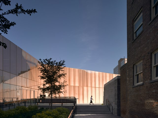 david-chipperfield-biblioteca-des-moines-escada
