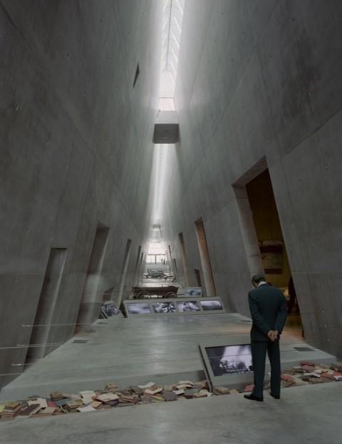 moshe-safdie-museu-do-holocausto-corredor