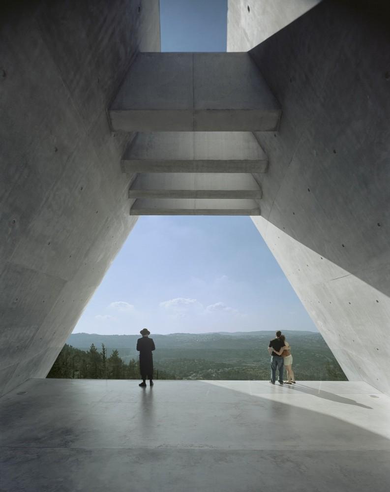moshe-safdie-museu-do-holocausto-vista