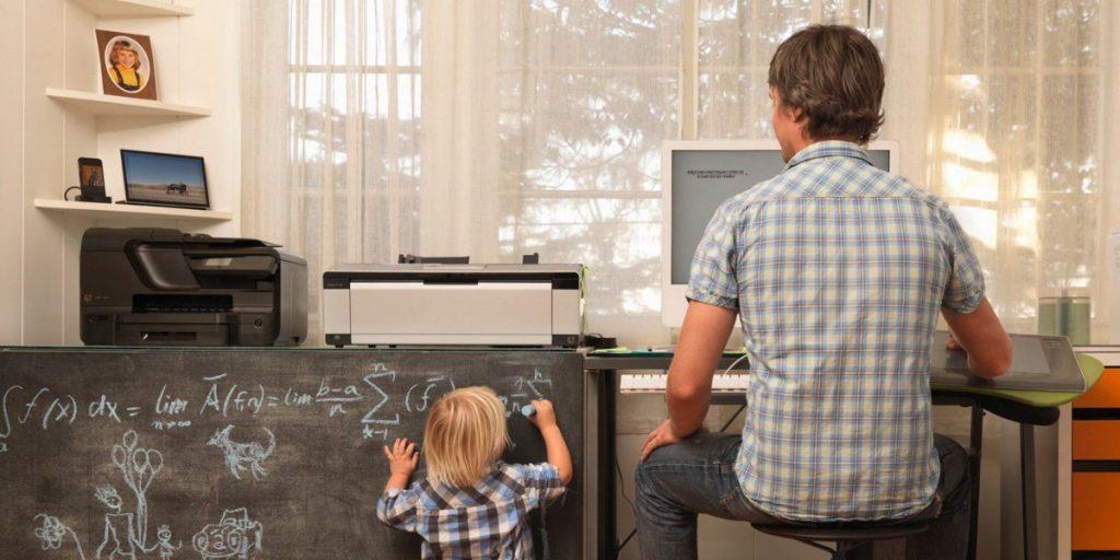 vantagens-e-desvantagens-home-office-crianca