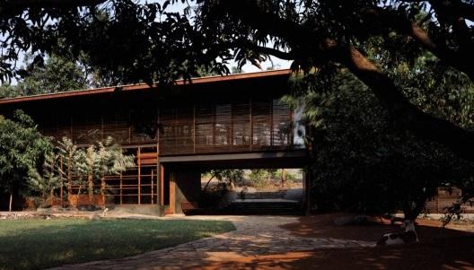 bijoy-jain-belavali-house