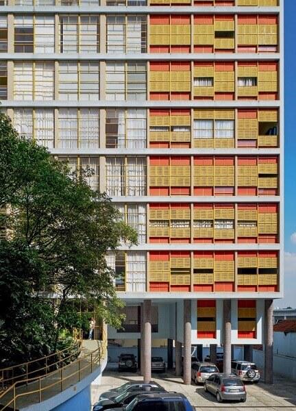 Vilanova Artigas: Edifício Louveira