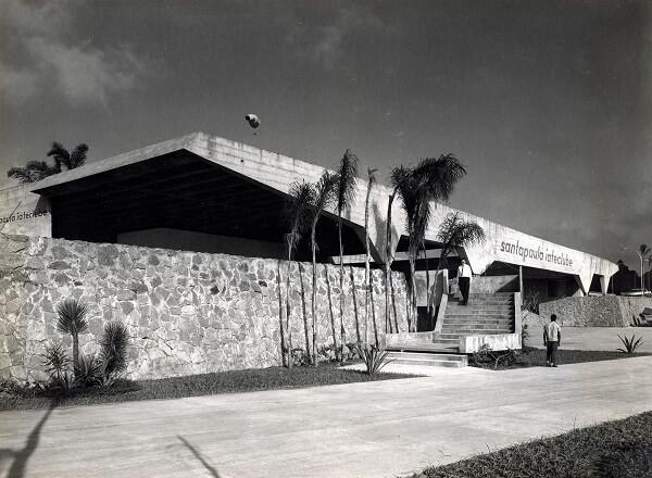 Vilanova Artigas: Garagem de Barcos do Iate Clube Santa Paula