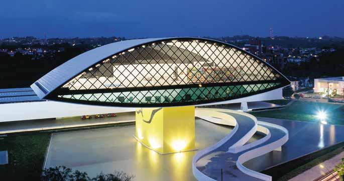 arquitetos-curitiba-museu-oscar-niemeyer-noite