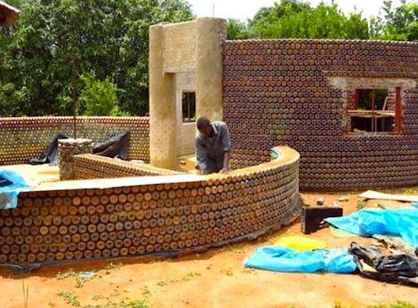 arquitetura-africana-casa-de-garrafas