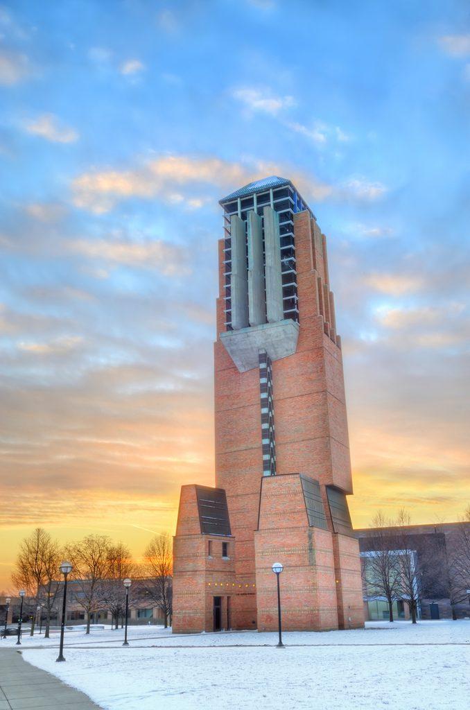 arquitetura-minimalista-lurie-bell-tower